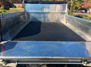 Tough Coat Bed Liner Mantoloking (2)