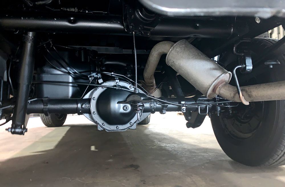 GMC Sierra Undercarriage